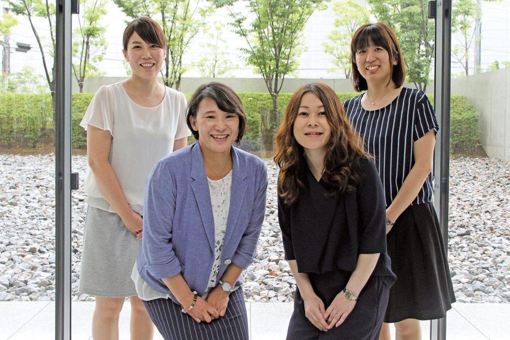池田晴子さん、畔柳恵美さん、高橋綾子さん、中原かおりさん
