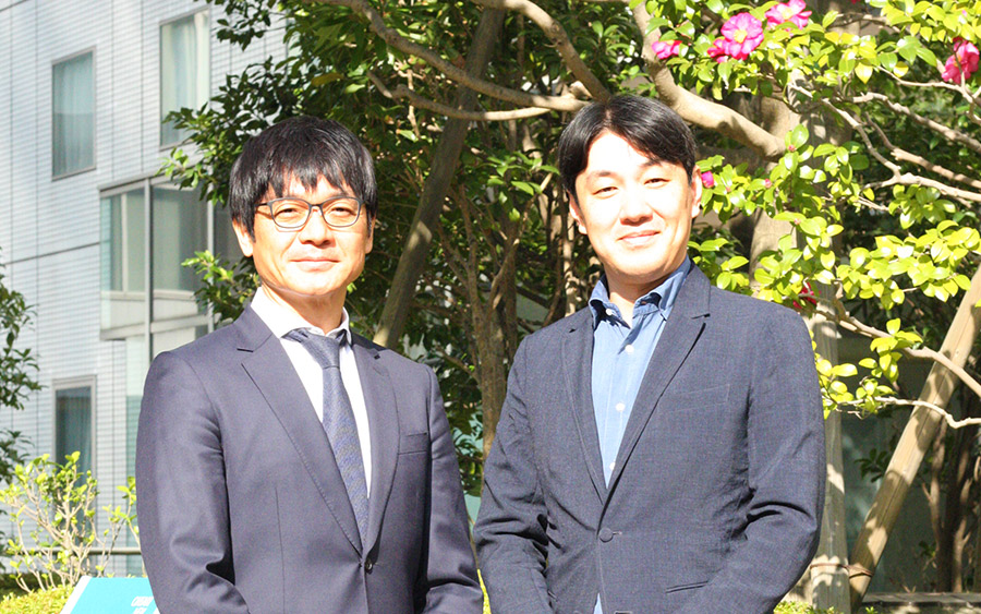 弊社社長・浪木(左)と沢渡あまね氏(右)