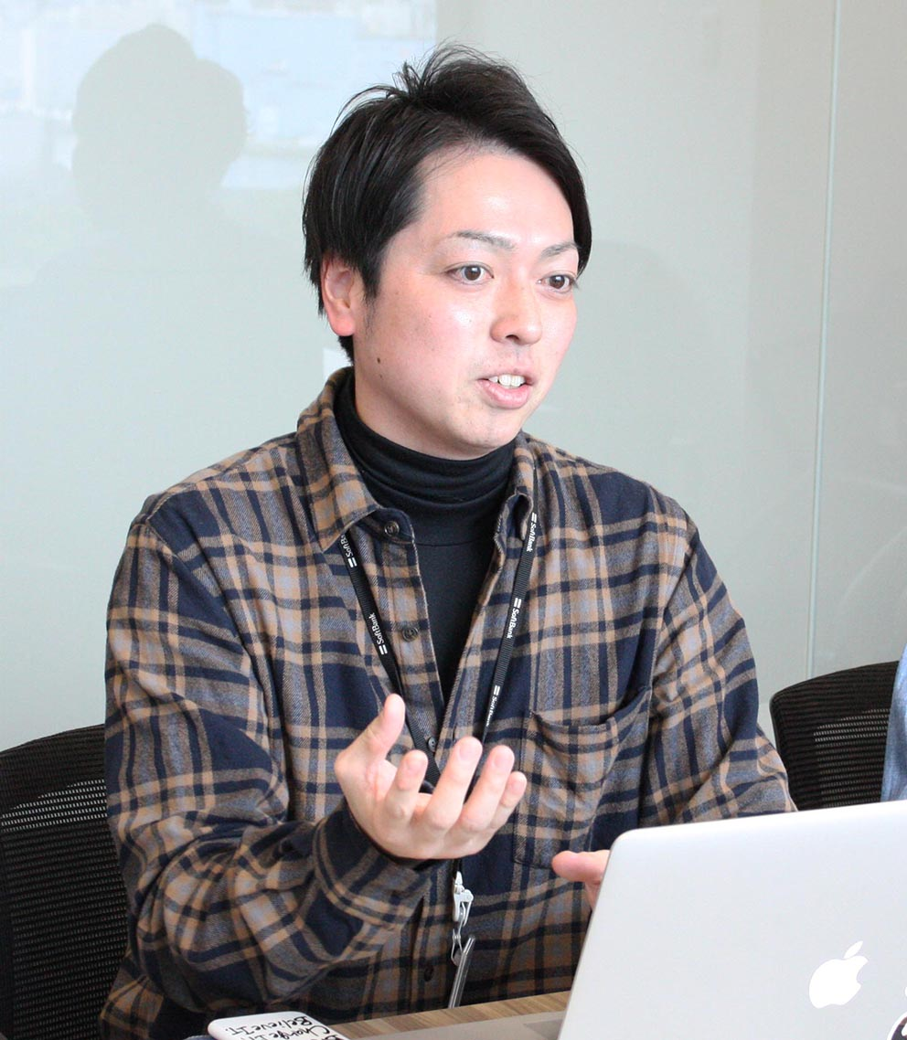 『Biz TV』の制作メンバーのひとり、石山さん