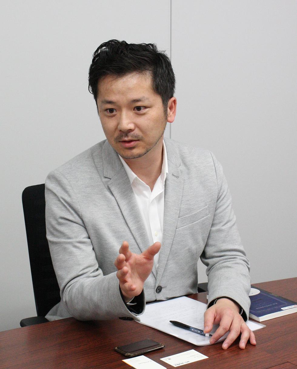 編集長の長谷部さん