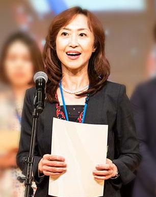 表彰式での倉辺さん