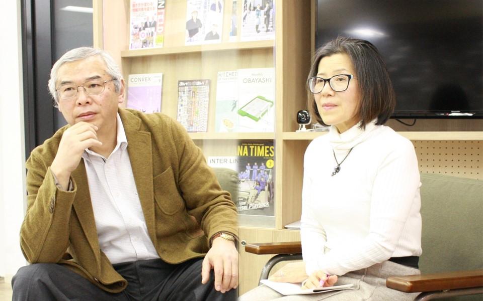 今回、対談をしていただいたベテラン審査員の馬渕毅彦さん(左)と古川由美さん(右)